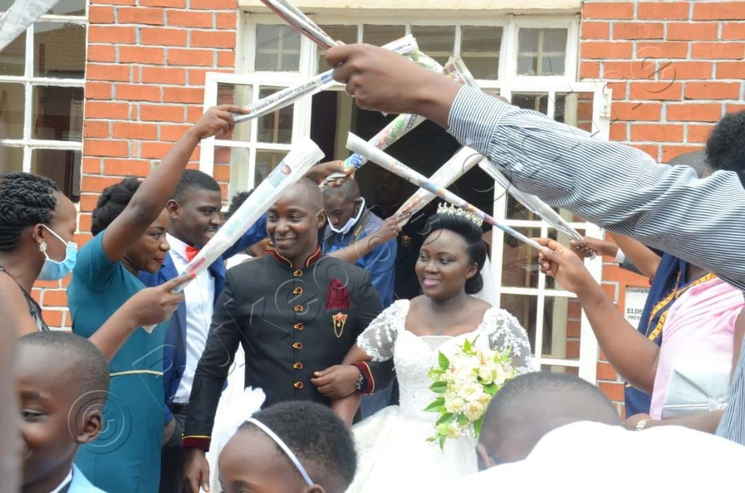 Abagole Nga Bayita Mu Kiyitirirwa Kya Bukedde.