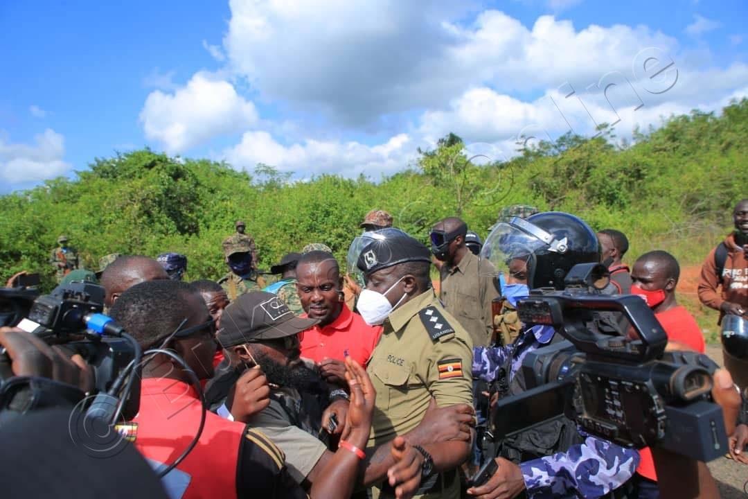 Wano Eddie Mutwe Owa Nup Ng'aliko Byannyonnyola Poliisi E Nakasongola.