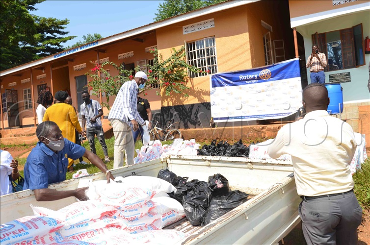 COVID-19: Kyengera Rotary club aids vulnerable person