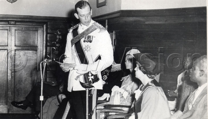 The Duke And Duchess Of Kent At Town Hall After The Freedom Of The New City Of Kampala Was Conferred Upon Him By The Mayor Of Kampala, Ald. Mrs. Barbara Saben (black Hat) On October 8, 1962.