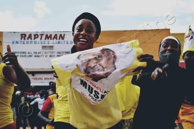 Basanyuse Bya Nsusso Okulaba Ku Pulezidenti Museveni.